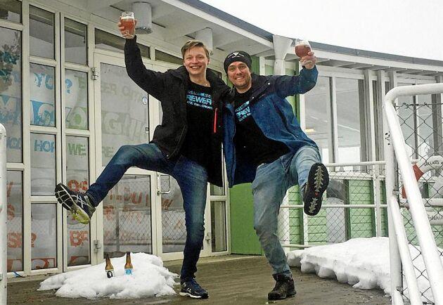 Bröderna Dennis och Anders Malmberg satsar på öl, mat och evenemang när de tar över Folkets Park i Bollnäs.