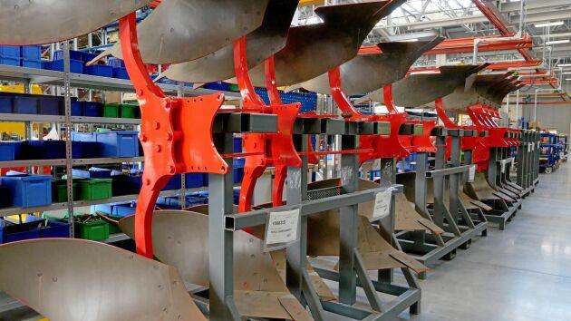 I fabriken i tjeckiska Vodnany tillverkas alla redskap för jordbearbetning.