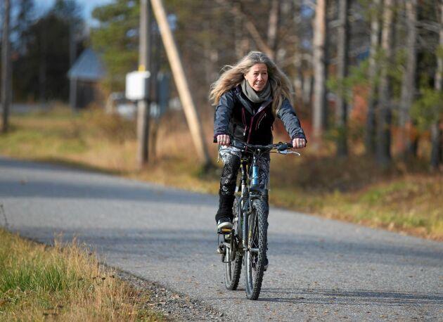 """Susann cyklar till jobbet året runt. """"Bilen använder jag aldrig för att ta mig till och från jobbet""""."""