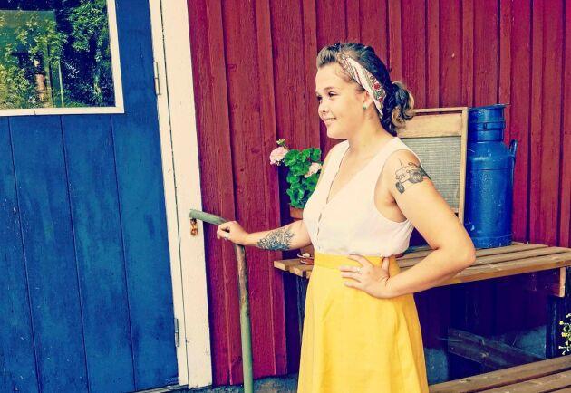 Ida Larsson med bidrag till tävlingen Sveriges snyggaste bondetatuering.