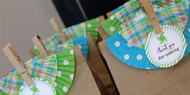 Dekorera paketet med muffinsformar
