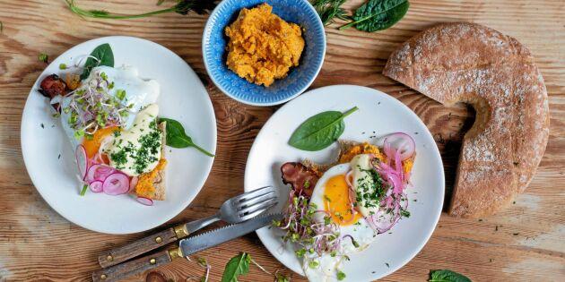 Ägg- och baconmacka med morotsröra