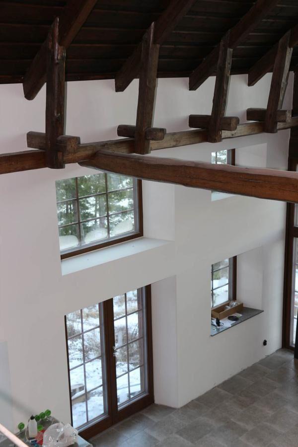 Familjen Gustafsson i Finspång har flyttat en lada och byggt nytt boende.
