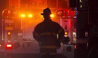 Explosioner och kraftig brand i trävarufabrik