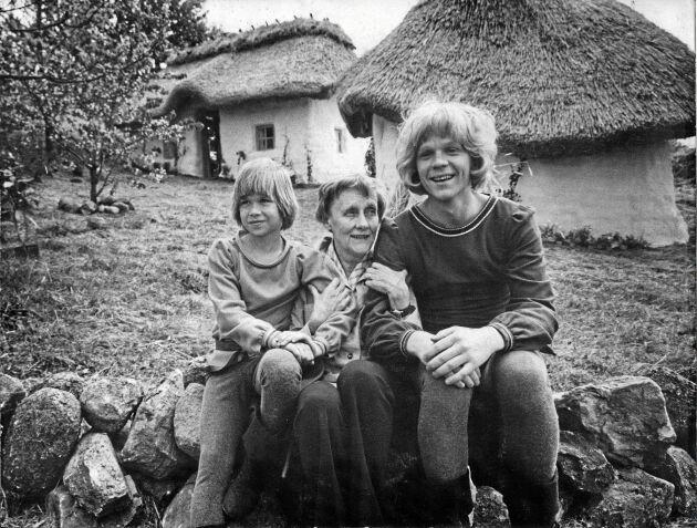 Astrid tillsammans med Skorpan och Jonatan.