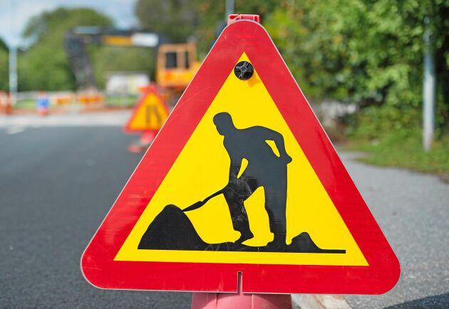 Under sommarhalvåret repareras och anläggs många vägar runt om i landet.