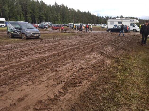 Parkeringen blev till en lervälling på Elmia Wood i torsdags.