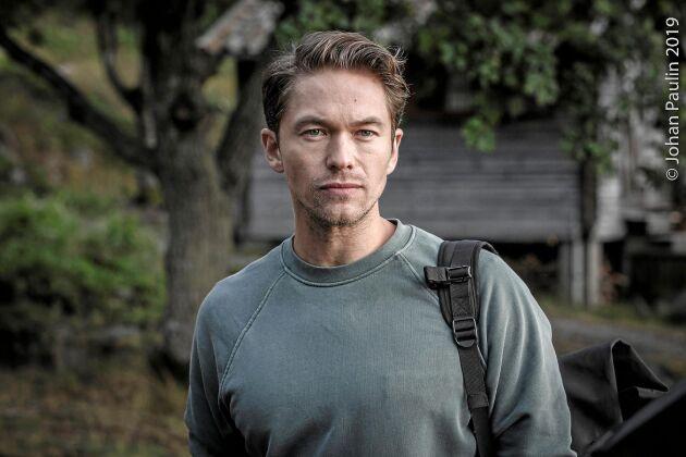 Jakob Oftebro som agent Carl Hamilton i nya serien Hamilton.