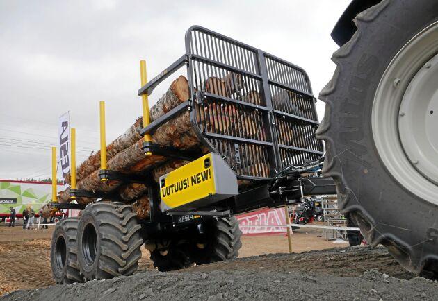 144 visades upp på FinnMetko 2018 och får nu en lastkapacitet på hela 14 ton.