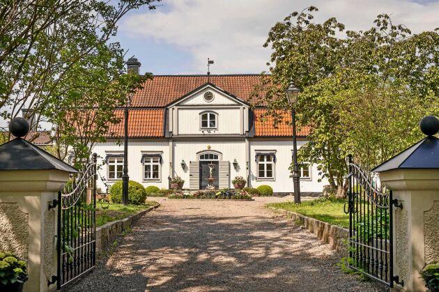 Hessle Gård i Örsundsbro har anor från 1700-talet, men totalrenoverades 2018/2019.