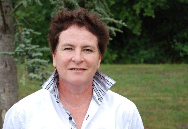 Claire Juillet, som föder upp hästar, grisar och kor på sin gård i Bourgogne representerar hästuppfödarna inom Frankrikes näst största jordbrukarfack Coordination Rurale. Hon har gjort en kartläggning av de mystiska brotten.