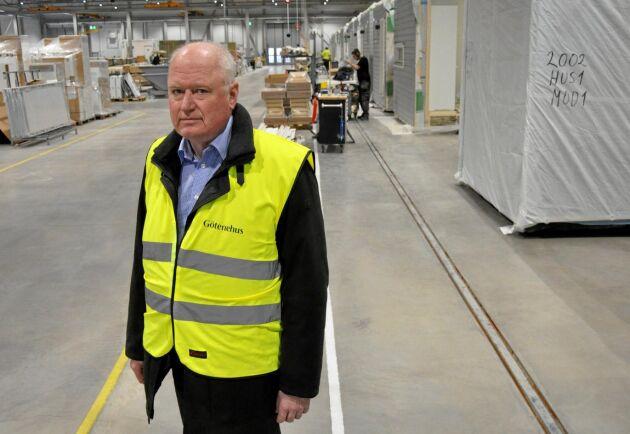 Det finns inga planer på varsel, säger Götenehus VD Claes Hansson, men inte heller på nyanställningar.