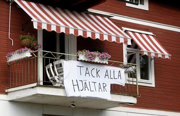 Arkivbild på en balkong i Ängelsberg efter skogsbranden i Västmanland 2014.