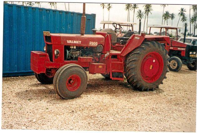 I Tanzania såldes Volvo BM 2600 som en Valmet. Den finska traktortillverkaren hade ett bolag i landet där 2600 kunde fylla ett tomrum i sortimentet.