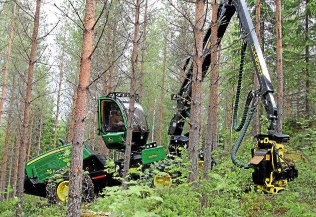 1070G levereras med fyra eller sex hjul.