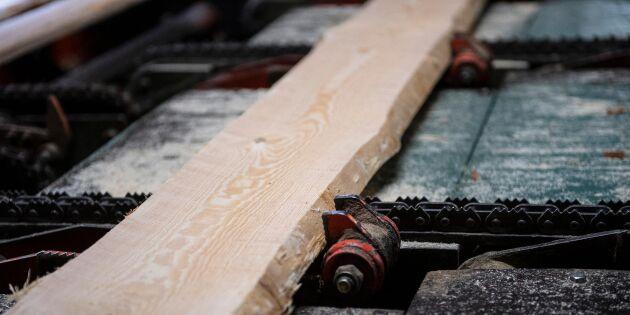 Bergs Timber minskar produktionen i sågverken
