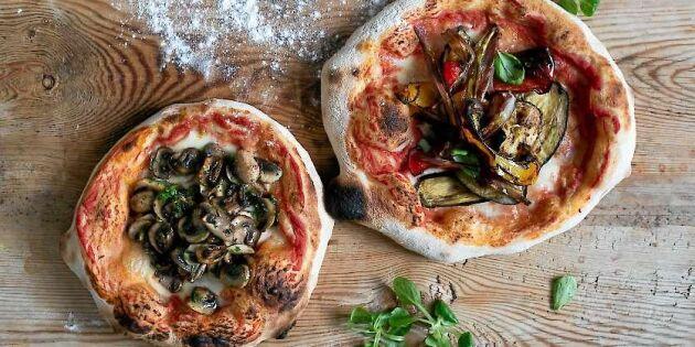 Vegetarisk pizza med hemgjord botten och tomatsås