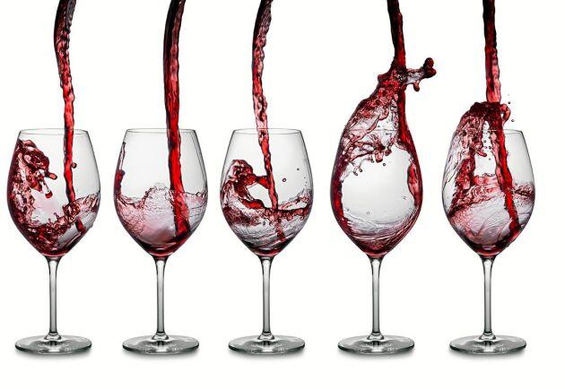 Kolla antalet glas alkohol per vecka du max kan dricka om du vill undvika riskbruk.