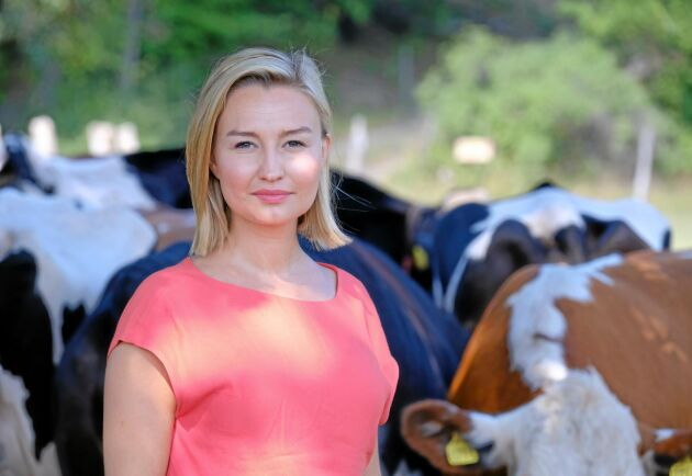 Ebba Busch Thor på Björksätra gård.