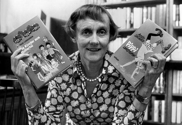 """Astrid Lindgrens vaggvisa """"Alla ska sova"""" och berättelsen """"Ett litet djur år Pelle"""" har bildsatts och ges nu ut som två nya böcker."""
