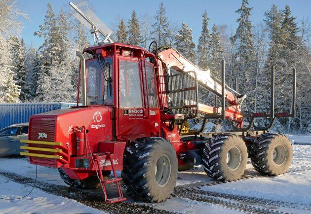 Olle Gelin tror att det kommer att dröja minst fem år innan den första fjärrstyrda skogsmaskinen finns på marknaden.