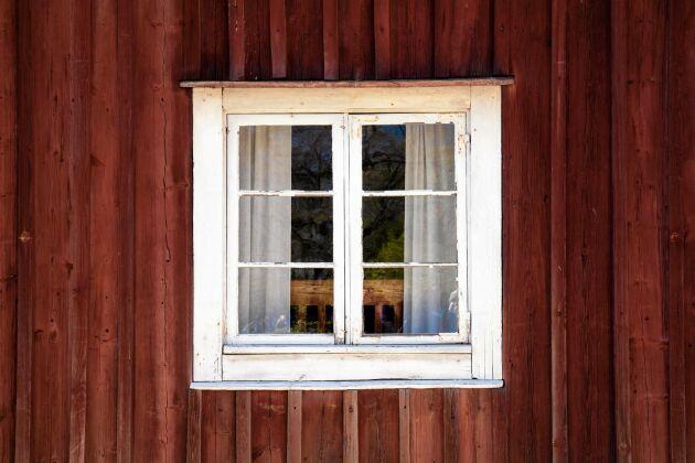 Gamla fönster är både fina och unika.