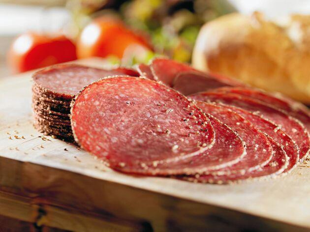Salami och andra charkprodukter från Italien kan bidra till ökad antibiotikaresistens.