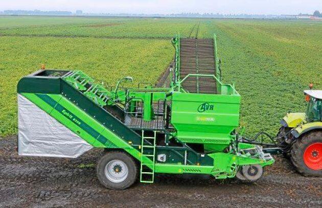 Företaget ser AVR:s produkter som ett bra komplement till Swedish Agros övriga maskinutbud.
