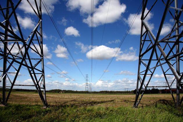 En mild och blåsig vår har gjort att elpriset varit stabilt under 30 öre per kilowattimme, kWh.