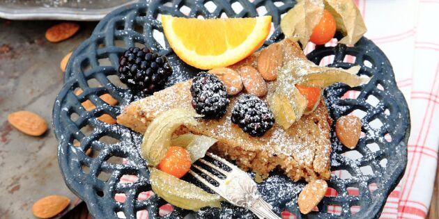 Kronans kaka med kardemumma och apelsinsås