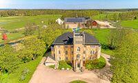 Anrikt slott med nötköttsgård till salu – för 100 miljoner