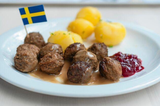Åtta av tio vill ha ursprungsmärkning av kött på restaurang, enligt en undersökning av Sveriges konsumenter.