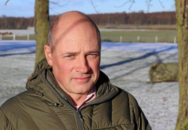 """""""Glyfosat är en herbicid som på många sätt ändrat hela sättet att odla, så ett förbud får betydande konsekvenser för hela odlingssystemet"""", säger Rikard Andersson, ogräsrådgivare på Jordbruksverket och en av talarna på HIR Skånes Jordbrukardagar."""