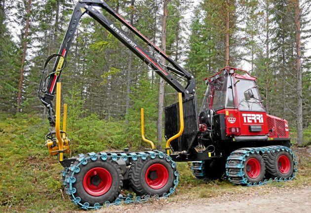 Terri visade sin hjulskotare 34c 8WD på Gallringsdagarna med Mowis nya kran P30T. Nu kommer fler hjulmaskiner från Terri.