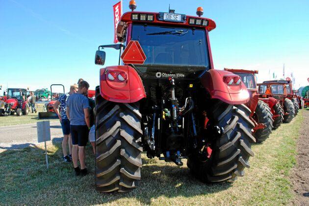 Sedan man började turnera med traktorn på mässor och träffar har ett behov av serietillverkning märkts.