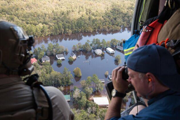 Skador efter stormen i Colombia, South Carolina.