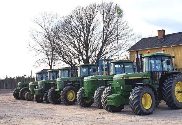 Vilket traktorgäng! Nu snackar vi rundhytter hos Nicklas Boquist på Älgånäs gård i Väse i Värmland.