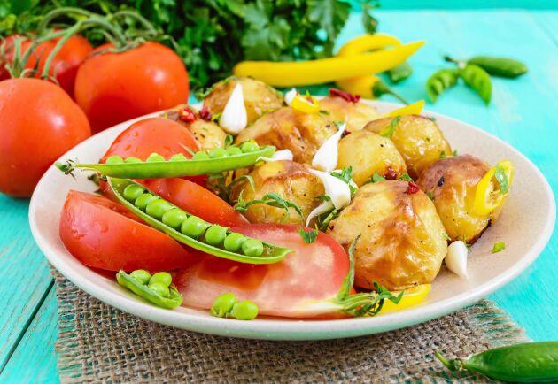 Grillad potatissallad imponerar på gästerna.