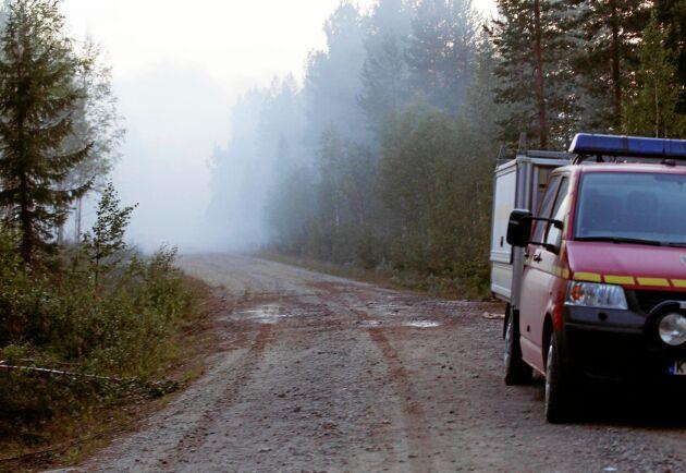 Under fredagen beslutade insatsledningen i Sveg att vattenbombningsplanen inte behövs just nu.