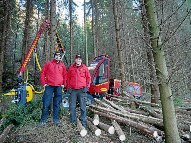 Björn Blixt och Magnus Johansson har tagit fram Kranmans nya skördare.