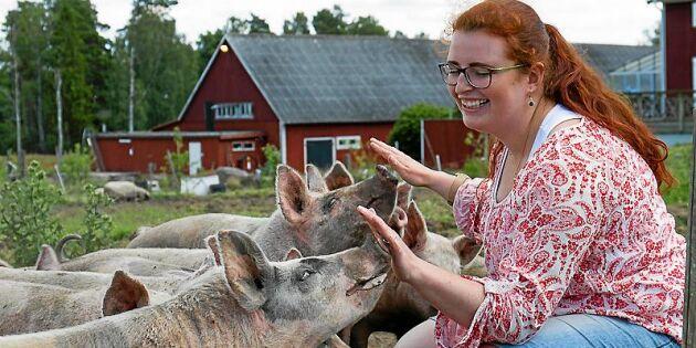 """Majja, 25, jobbar på släktgården: """"Tacksam över att ha fått växa upp här"""""""