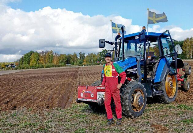 I klassen växelplog med modern plog vann Rolf Eliasson från Veddinge i Halland.