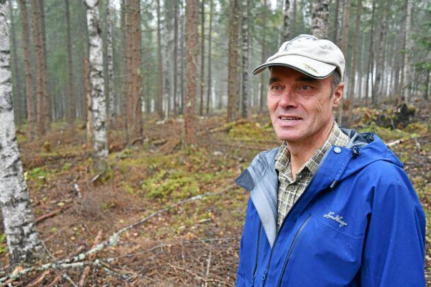 Tore Axelsson arbetar sedan förra året för Sveriges största privata skogsägare Fredrik Skanse.