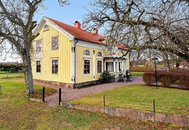 Vackert timmerhus till salu i Rydaholm utanför Värnamo.