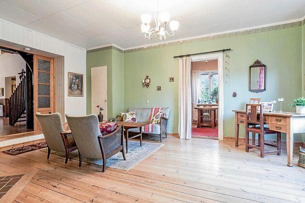 Vardagsrum i mintgrön färg.