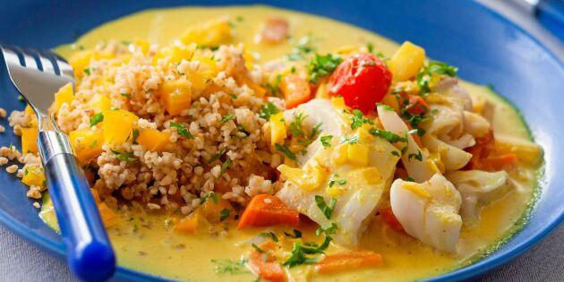 Matig fiskgryta med rotfrukter och curry – enkelt recept
