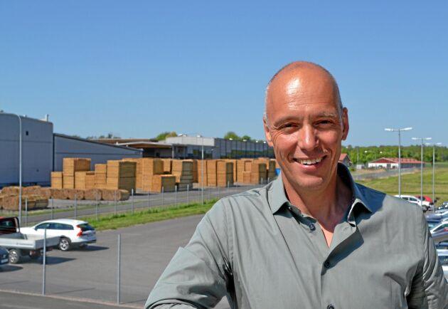 Efter några kärvare år är lönsamheten nu bra för Holmen Braviken konstaterar en nöjd Johan Padel.