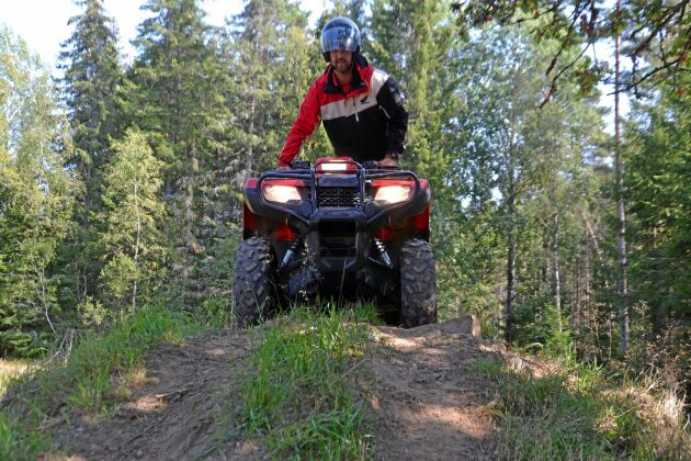 Per Johanssons uppmaning till den som är ny på terränghjuling är att vara försiktig och ta det lugnt med gasen.