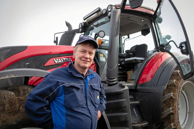 Expert. Fredrik Hallfält vid HIR Skåne håller kurser i sparsam körning. Han har också eget lantbruk.