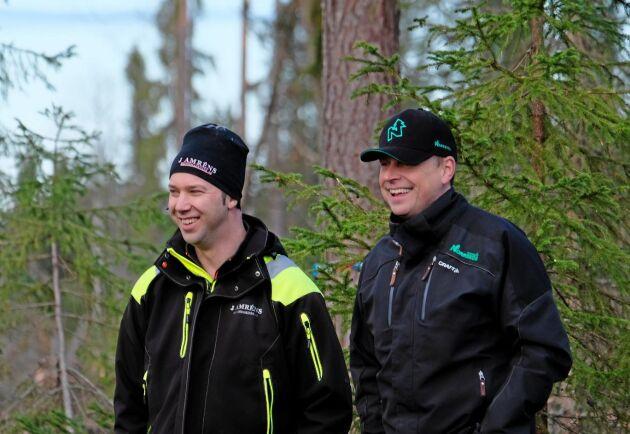 Entreprenören Jonas Amrén och Norrskogs produktionstekniker Ulf Göransson.